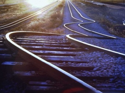 دانلود پاورپوینت آسیب پذیری خط آهن حین وقوع زلزله و ارائه راهکارهای اساسی کاهش خسارات